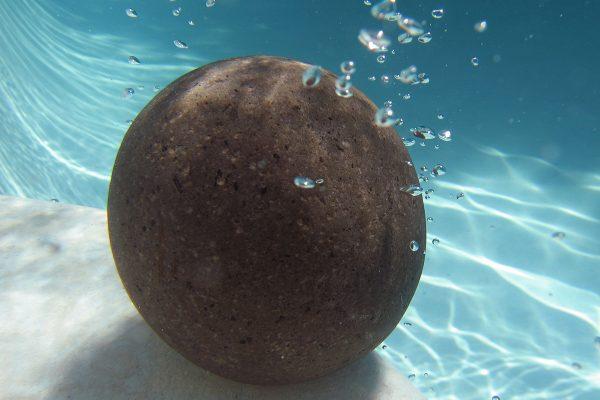 reflection-below-Sphere-70