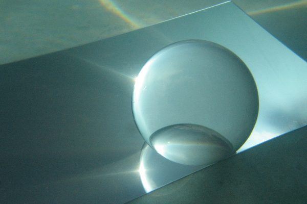 reflection-below-Sphere-98